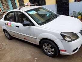 Vendo Auto Kía RIO 2010