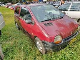 Se vende Renault twingo 96