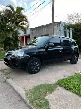VENDO CLIO MIO CONFORT PLUS.