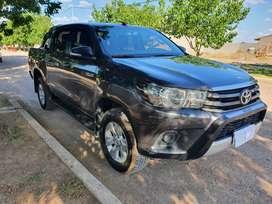 Toyota Hilux SR 4x2 2017