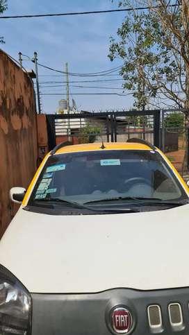 Necesito chófer para taxi con referencias comprobables.