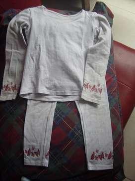 Lote de ropa para niña saco pantalones vestidos camisetas jeans