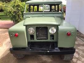 Camioneta Land Rover, Modelo 88 Año 1967.