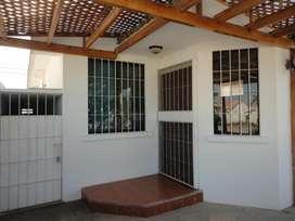 Se vende villa en Salinas