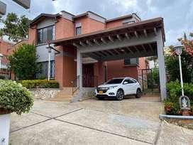 Vendo Casa Lagos del Cacique