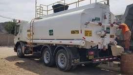 Venta de cisterna, marca volvo, 5000 gln,