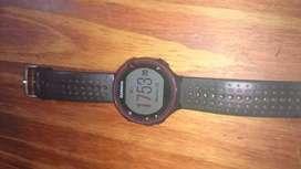 Vendo reloj garmin  digital