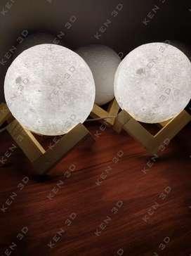 Lámpara Luna Velador 14cm con base de madera