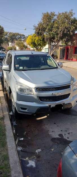 S10 2013 4x2 2.8 diesel. LT.