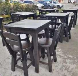 Se vende mesas y sillas para restaurante - bar.