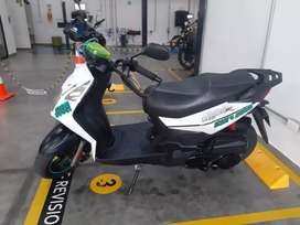 Vendo moto Scooter AKT DINAMYC R 125