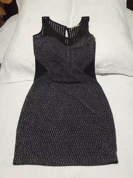 Se vende vestidos de Mujer talla 8 en excelente  estado