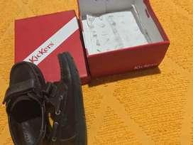 Zapato colegial marrón Kickers