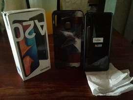 Samsung a20 casi nuevo ( escucho oferta)