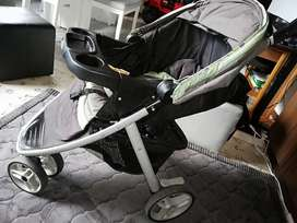 Coche con Silla para Bebé