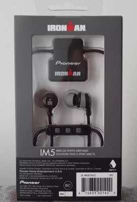 """Audífonos deportivos """"PIONEER"""" con micrófono  /bluetooth / 8horas de duración /"""