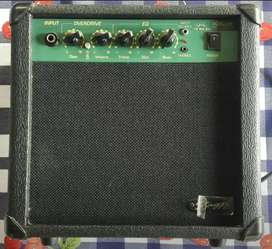 Amplificador Stagg de 10watts con distorsion