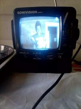 Antiguo TV radio portatil funcionando!