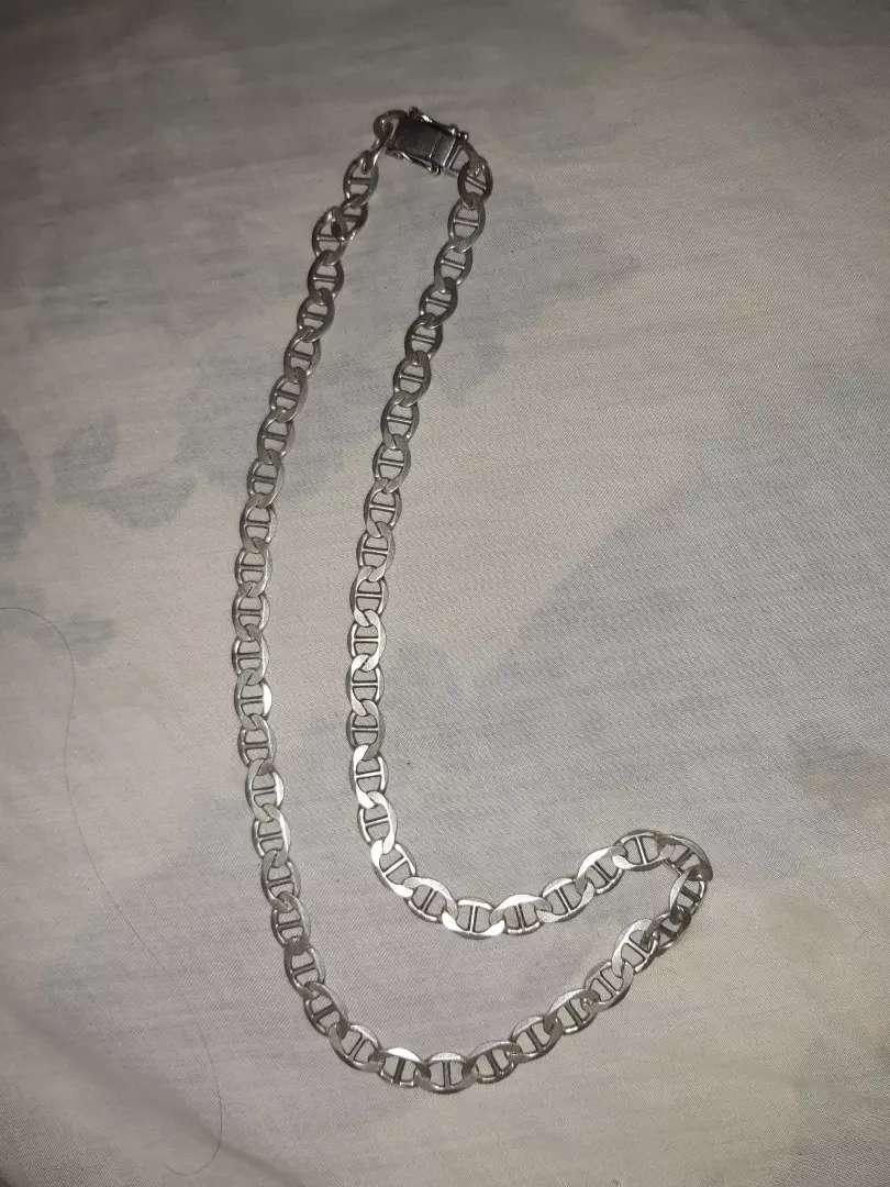 Vendo cadena de plata 0