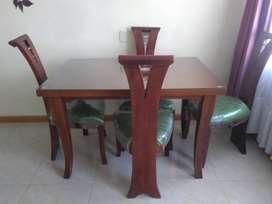 Comedor de madera 4 puestos (usado)