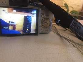 Vendo camara fotografica semiprofecional sony