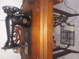 Maquina de coser Zangen