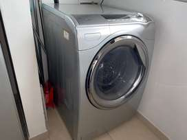 Lavadora con secadora Haceb