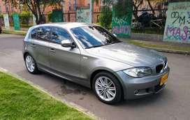 Se vende BMW serie 1 116i modeló 2011 con el paquete original M