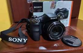 SE VENDE CÁMARA FOTOGRAFICA DIGITAL DSC-H300 SONY
