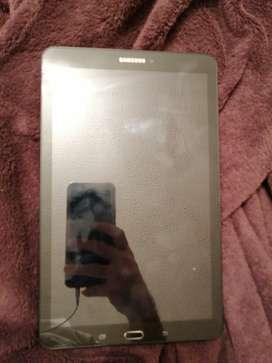Vendo tablet E galaxy