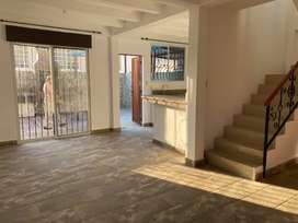 Alquiler casa en Manta en urbanización privana zona norte centro