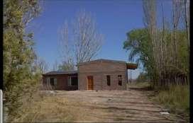 Casa de 110m2 sobre lote de 5mil m2 en Rincón de los sauces. Ideal inversión