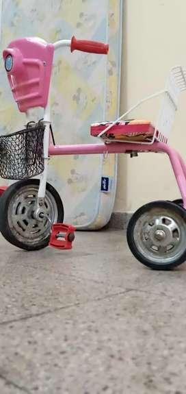 Vendo Triciclo Para Nena
