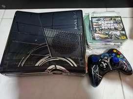 Xbox 360 5.0 edición Halo 4 perfecto estado