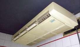 IMPECABLE  SURREY Aire acondicionado 9000 frigorías. PISO TECHO, está instalado