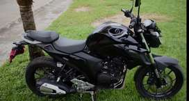 Moto Yamaha fz25 2018