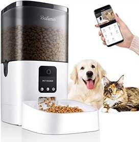 Alimentador automático mascotas con cámara