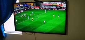 """Vendo Smart TV LG de 49"""""""