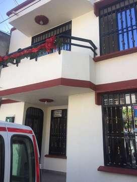 Hermosa Casa con apto independiente cerca a c.c san pedro plaza