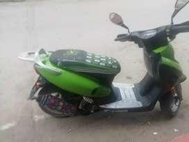 Vendo moto señoritera 125/2005