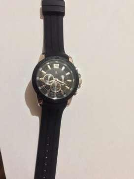 Se vende reloj Bezel Stainless Steel original