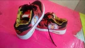 Zapatillas marvel originales usadas
