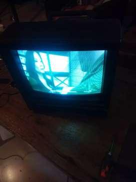 """Tv 14"""" en buen estado"""