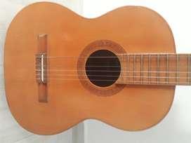 Venta de guitarra clasica marca giannini de 40 años de antiguedad