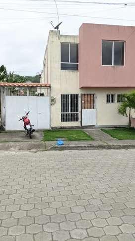 Alquilo hermosa casa en Costa verde