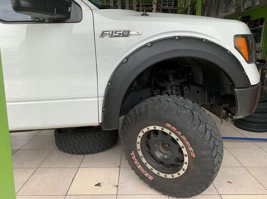 Faldones Fibra Ford 150 0