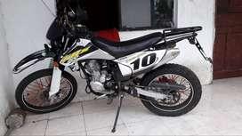 MOTO AXXO 200CC