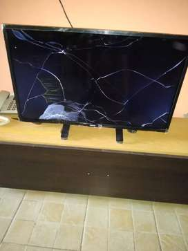 Vendo tv pantalla rota
