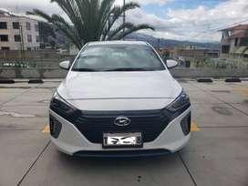 Se vende Vehículo IONIC Hibrido Limited 2017