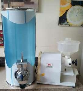 VENDO MOLINO DE CAFE Y SILO DE CAFE TODO POR  570